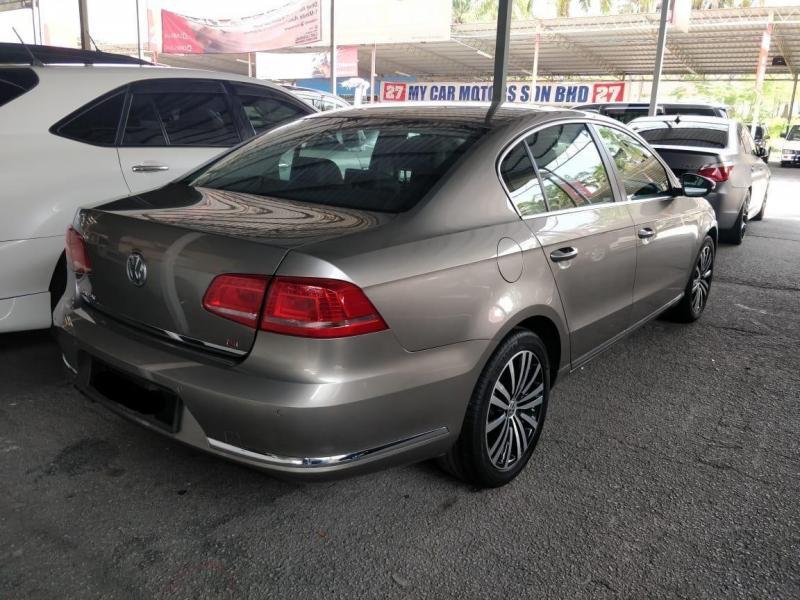 Volkswagen Passat 1.8 TSI (CBU) 2013